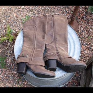 Fergielious Brown Boots